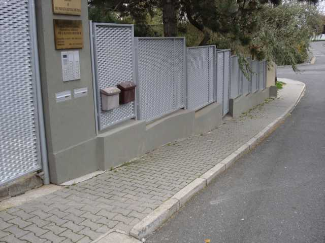 Tahokov kosočtvercové otvory – perfolinea.cz
